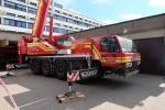 Ankunft des Krans der Firma Neeb GmbH