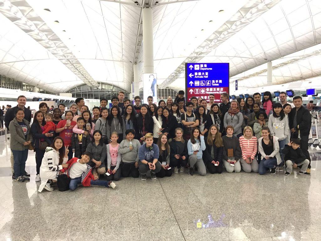 Abschied am Flughafen von Hong Kong