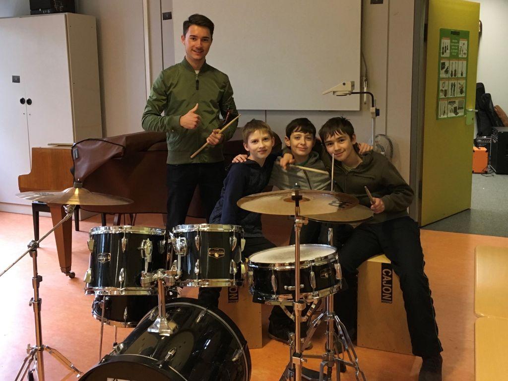 Jazz Workshop Kniffe und Rhythmen am Schlagzeug